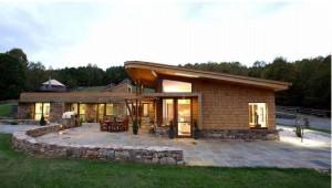 Využitie okien z Detvy z dreveného eurohranolu v amerických stavbách